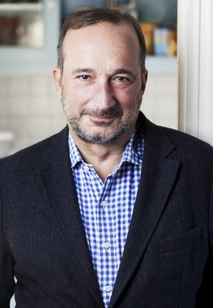 Gilles Paris